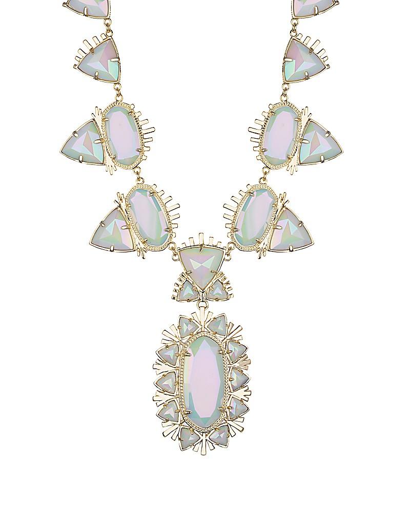 havana-necklace-gold-iridescentwhite-close