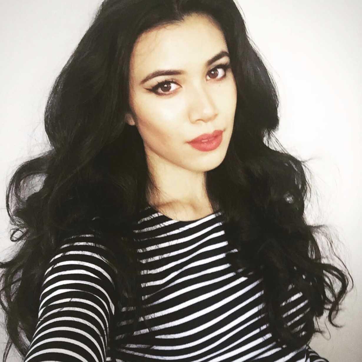 Roshani Chokshi's 5 Makeup Must Haves