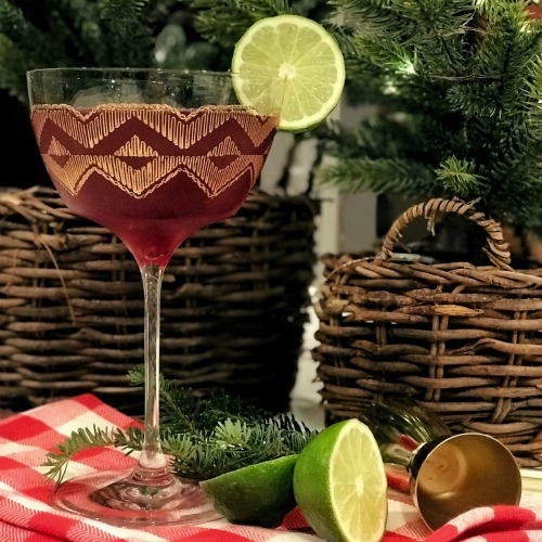 Cocktail Recipe: Yuletide Daisy