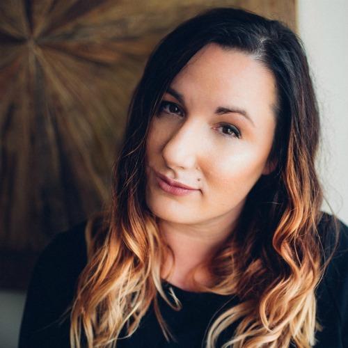 Jennifer L. Armentrout's 7 Makeup Must Haves